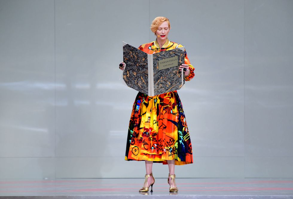 Tilda Swinton On Stage During The Karl Lagerfeld Homage At News Photo 1157360835 1561229701